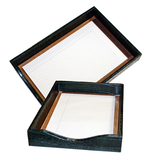 reptile-grain leather in out box, shown in hunter alligator leather without a lid